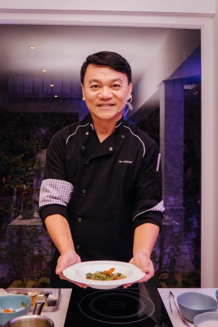 กาตาร์ แอร์เวย์ส ร่วมกับเชฟเอียน กิตติชัย สร้างสรรค์เมนูอาหารไทยใหม่สำหรับผู้โดยสารในประเทศไทย