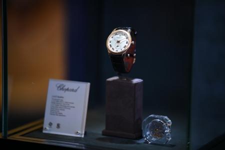 'โชพาร์ด' แบรนด์นาฬิกาและจิวเวลรี่สุดหรูจากสวิตเซอร์แลนด์ เปิดตัวทีมช่างศิลป์เบื้องหลังความเป็นอัจฉริยะด้านการสร้างสรรค์เป็นครั้งแรกในประเทศ