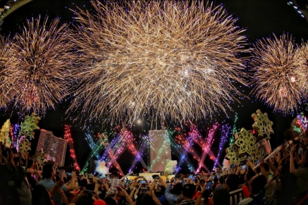 เต็มอิ่มทุกความสุขสนุกสนานในงานฉลองเคาท์ดาวน์ปีใหม่สุดยิ่งใหญ่ตระการตา 'Amazing Thailand Countdown 2020' ณ ไอคอนสยาม