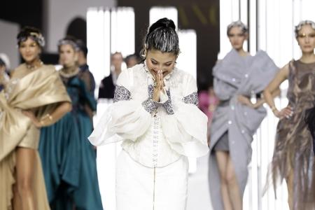งานแสดงแฟชั่นโชว์ SPRING/SUMMER 2020 แบรนด์ SIRIVANNAVARI และ S'HOMME ในสมเด็จพระเจ้าลูกเธอ เจ้าฟ้าสิริวัณณวรี นารีรัตนราชกัญญา