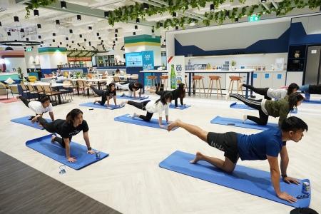 ไฮเนเก้น 0.0 ร่วมกับ จัสโค จัดกิจกรรม '0.0 Stress-Free Yoga'