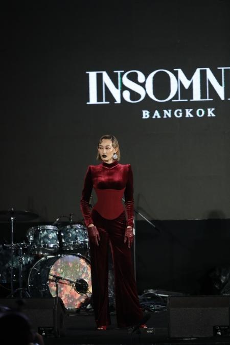JOOX x Siam Paragon Presents Thailand Top 100 by JOOX 2020 Social 'HIT'-ancing ดูห่างห่าง อย่างฮิตฮิต