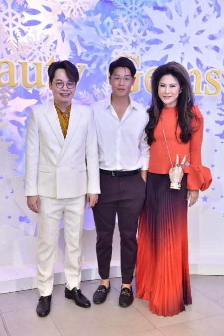 Beauty Gems - 'White Christmas' ส่งมอบของขวัญ และคำอวยพร ผ่านแฟชั่นโชว์เครื่องประดับ และอัญมณีฝีมือคนไทย