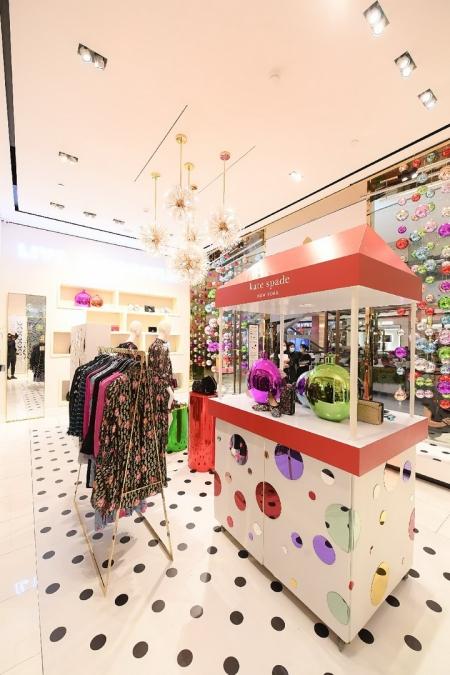 Kate Spade New York ส่งไอเท็มสร้างสีสันสดใส ผ่านคอลเลกชั่นฮอลิเดย์ 2020
