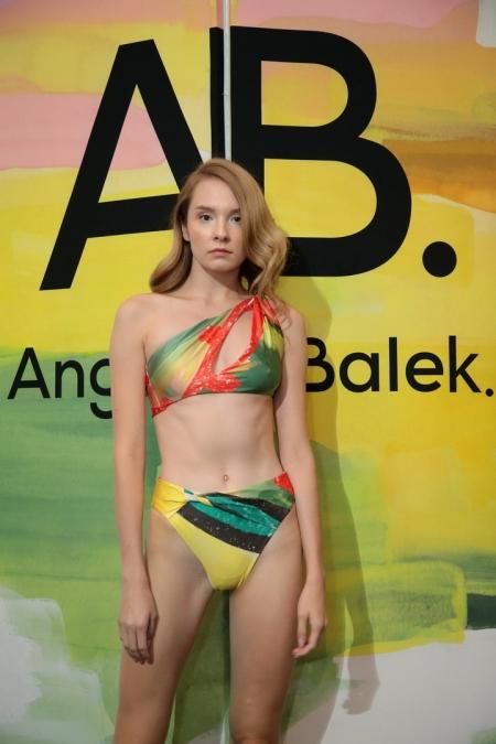 งานเปิดตัว AB. Angelys Balek เผยคอลเลกชั่นใหม่ Spring Summer 2021 'Baby Icing'