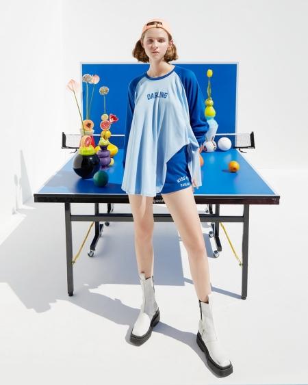 Landmeé Darling รังสรรค์ผลงานสไตล์สปอร์ต เพื่อให้สาวๆ สนุกกับการสไตลิ่งอยู่บ้าน